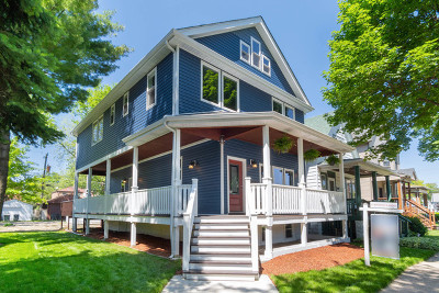 Brookfield Single Family Home For Sale: 9112 Grant Avenue