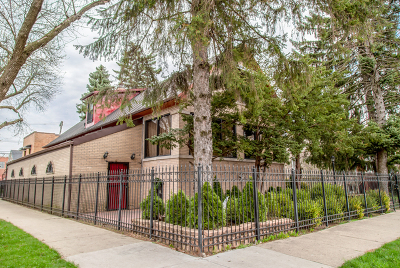 Single Family Home For Sale: 4957 North Keystone Avenue