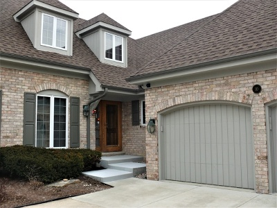 Condo/Townhouse New: 10 Tartan Ridge Road