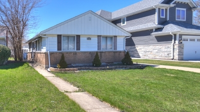 Chicago IL Single Family Home New: $219,999