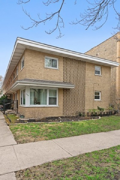 Condo/Townhouse New: 4640 North Paulina Street #C