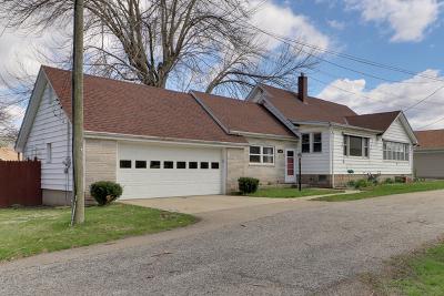 Mackinaw Single Family Home For Sale: 103 Park Street