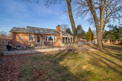 Elmwood Park Single Family Home For Sale: 2027 North 77th Avenue