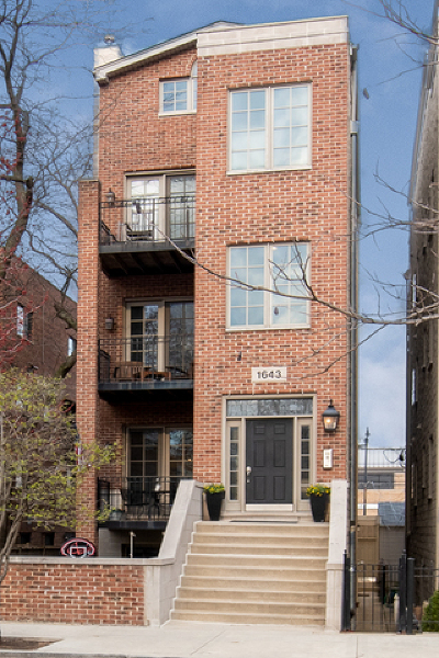 Condo/Townhouse New: 1643 North Dayton Street #1