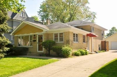 La Grange Single Family Home For Sale: 215 8th Avenue