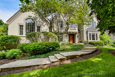 Glen Ellyn Single Family Home For Sale: 657 Plumtree Road