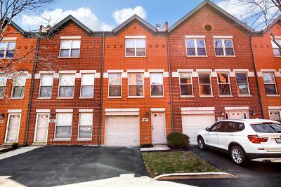 Condo/Townhouse New: 1487 North Clybourn Avenue #F