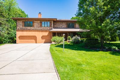 Oak Brook Single Family Home New: 14 Meadowood Drive