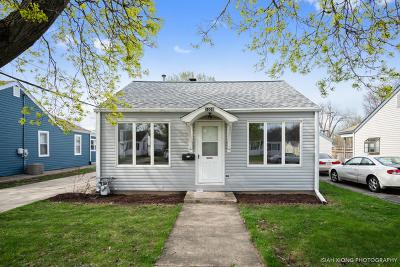 Aurora IL Single Family Home New: $124,500
