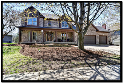 Batavia Single Family Home For Sale: 714 Ridgelawn Trail