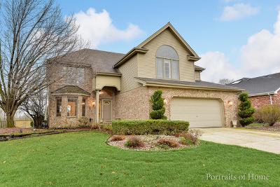 Woodridge Single Family Home For Sale: 2105 Westbury Drive