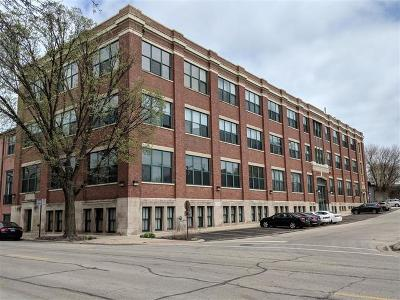 Evanston Condo/Townhouse New: 601 Linden Place #217