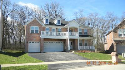 Bartlett Single Family Home For Sale: 879 Forest Glen Court
