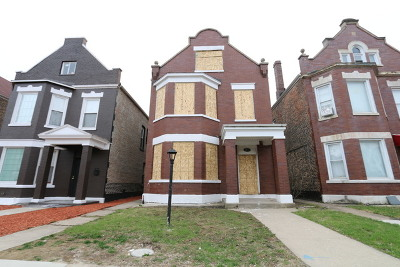 Cook County Multi Family Home New: 4235 West Cullerton Street