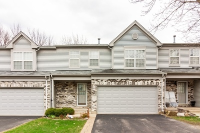 Algonquin Condo/Townhouse New: 933 Old Oak Circle
