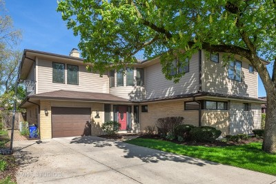 Elmhurst Single Family Home Price Change: 437 East Atwater Avenue