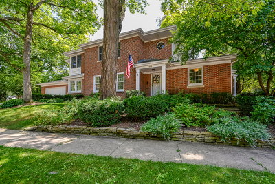 Glen Ellyn Single Family Home For Sale: 863 Woodland Drive
