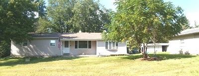 Homer Glen Single Family Home For Sale: 13740 Chicago Bloomington Trail