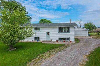 Single Family Home For Sale: 9843 North 1250 East Road