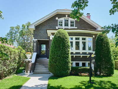 Brookfield Single Family Home For Sale: 3247 Prairie Avenue