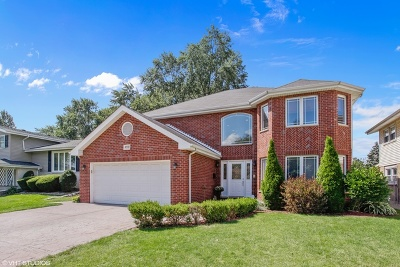 Oak Lawn Single Family Home For Sale: 10332 Georgia Lane