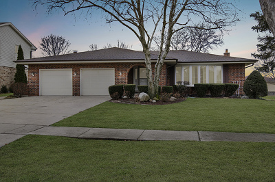 Willowbrook Single Family Home For Sale: 6508 Rodgers Drive