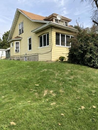 Joliet Single Family Home For Sale: 1429 East Cass Street