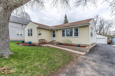 Lombard Single Family Home Price Change: 257 East Goebel Drive