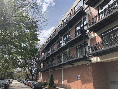 Condo/Townhouse For Sale: 2012 West St Paul Avenue #214