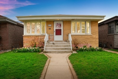 North Riverside Single Family Home Price Change: 2213 Northgate Avenue