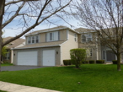 Mundelein Single Family Home For Sale: 1111 Westfield Way