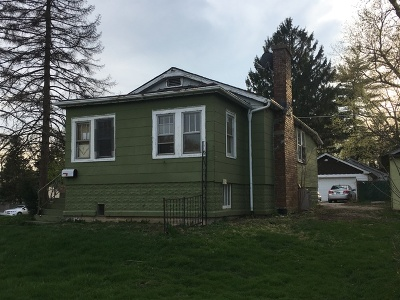 Westmont Single Family Home For Sale: 240 South Washington Street
