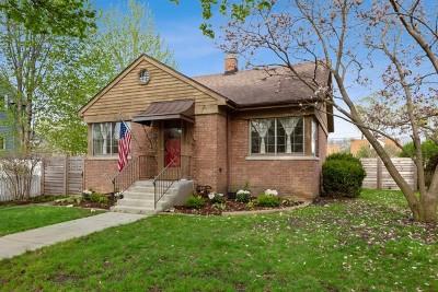 Brookfield Single Family Home For Sale: 3917 Oak Avenue