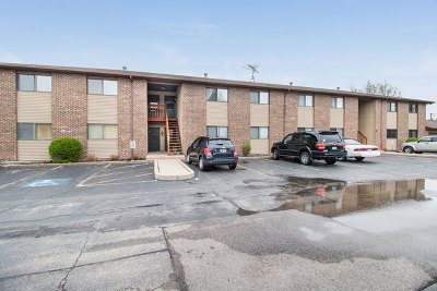 Woodstock Condo/Townhouse Re-Activated: 555 Central Parkway Road #H