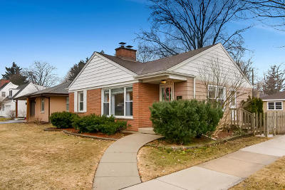 Mount Prospect Single Family Home For Sale: 222 North Emerson Street
