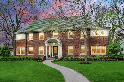 Naperville Single Family Home For Sale: 105 West 8th Avenue