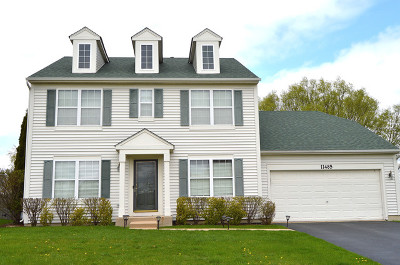 Huntley Single Family Home For Sale: 11485 Heritage Lane