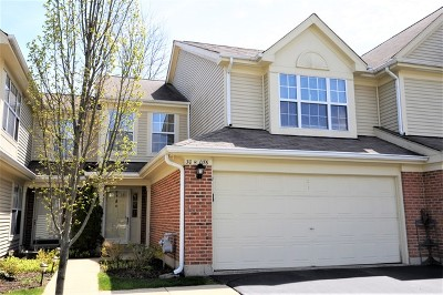 Warrenville Condo/Townhouse For Sale: 30w076 Penny Lane