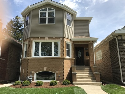 Elmwood Park Single Family Home For Sale: 3115 North 79th Avenue