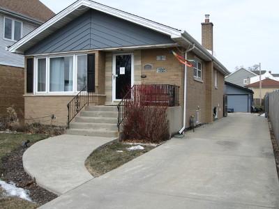 Elmhurst Single Family Home For Sale: 323 East Butterfield Road