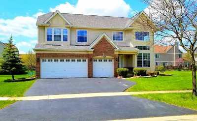 West Chicago  Single Family Home For Sale: 1426 White Oak Lane