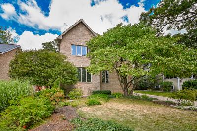 Glen Ellyn Single Family Home For Sale: 728 Grand Avenue