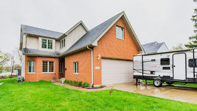 Villa Park Single Family Home For Sale: 935 North Harvard Avenue