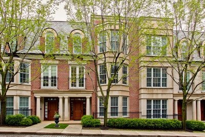 Lake Forest Condo/Townhouse For Sale: 1040 North Western Avenue