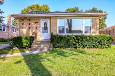 Niles Single Family Home For Sale: 8727 North Ozanam Avenue