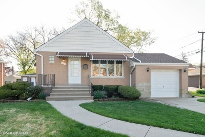 La Grange Park Single Family Home For Sale: 1111 Cleveland Avenue