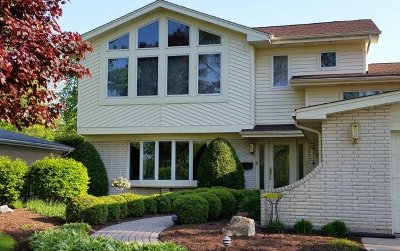 Arlington Heights Single Family Home For Sale: 812 East Suffield Drive