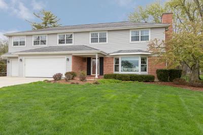 Barrington Single Family Home For Sale: 737 Cumnor Avenue