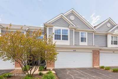 Pingree Grove Condo/Townhouse For Sale: 612 Yorkshire Lane