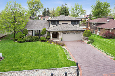 Palos Heights, Palos Hills Single Family Home For Sale: 8930 West 99th Street